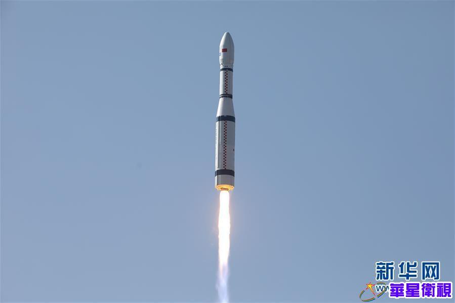 """我国""""一箭13星""""成功发射NewSat9-18卫星 搭载发射电子科技大学号卫星、北航空事卫星一号、八一03星"""